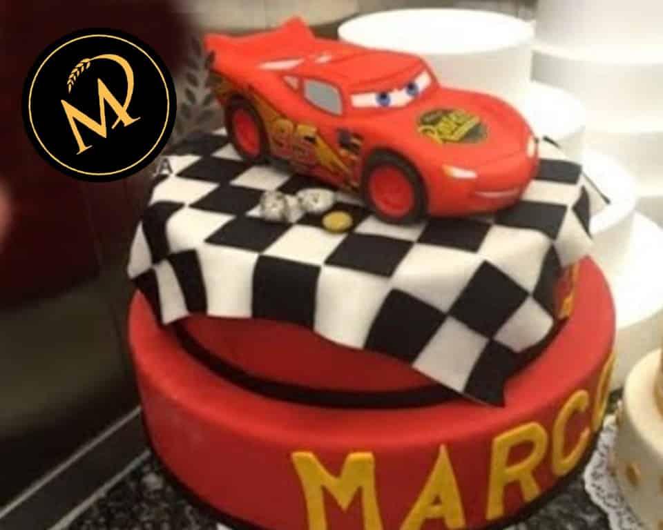 2-stöckige Cars Motivtorte - Rezept Marcel Paa