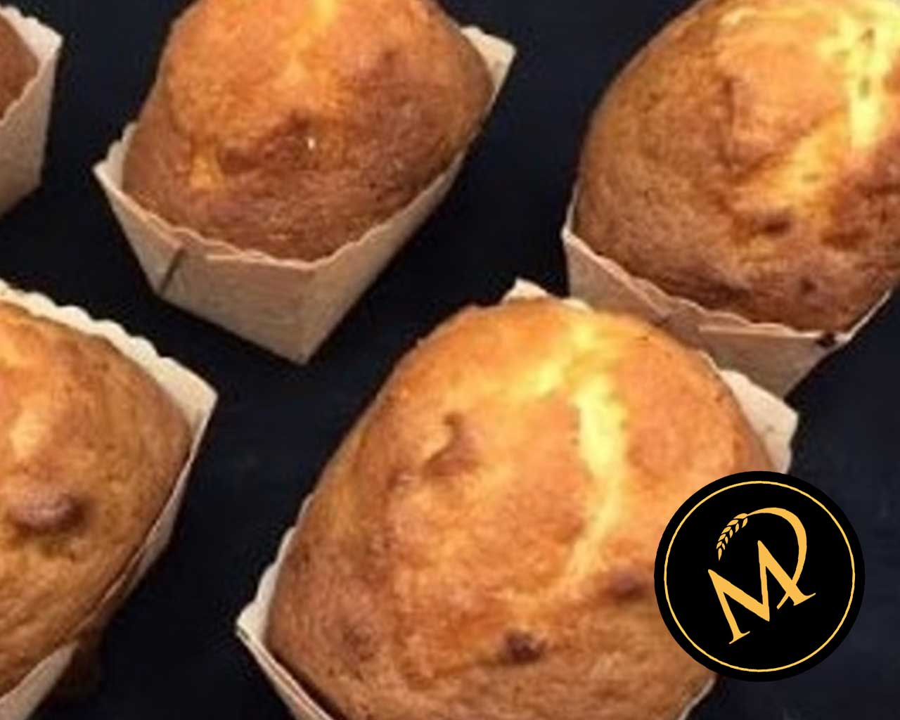 Mini Zitronen Cake getränkt mit Gupf - Rezept Marcel Paa