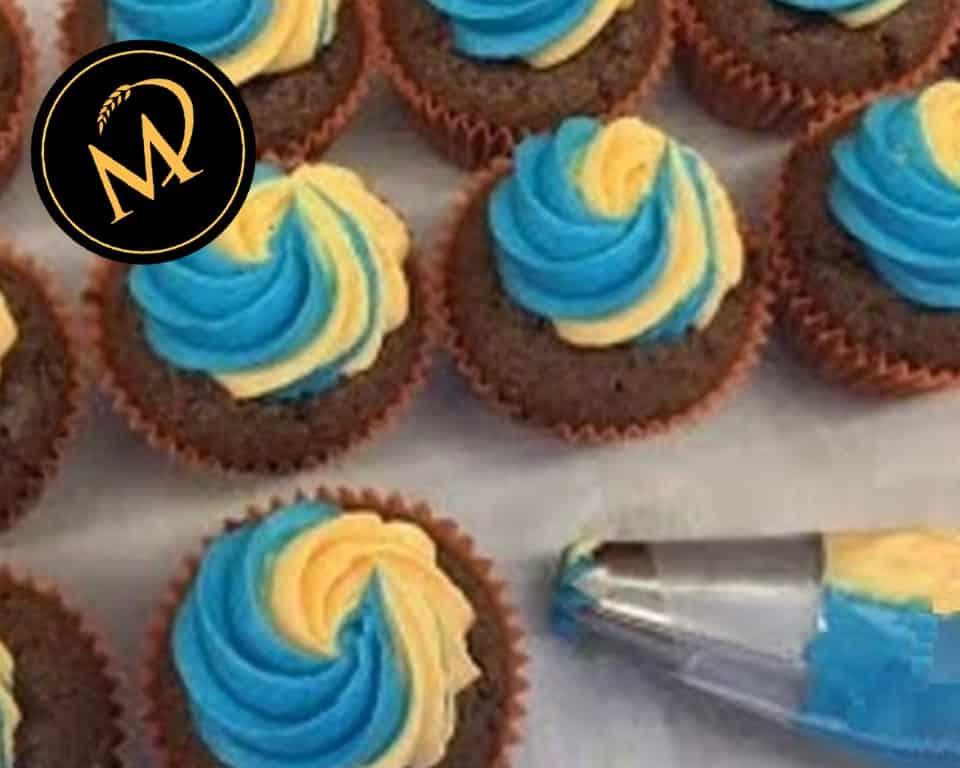 Buttercreme für Cupcakes zweifarbig - Rezept Marcel Paa