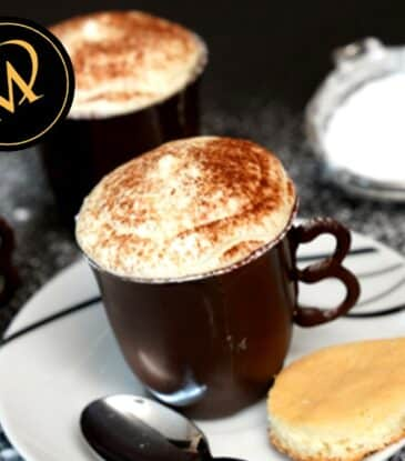 Kaffeetassen aus Schokolade