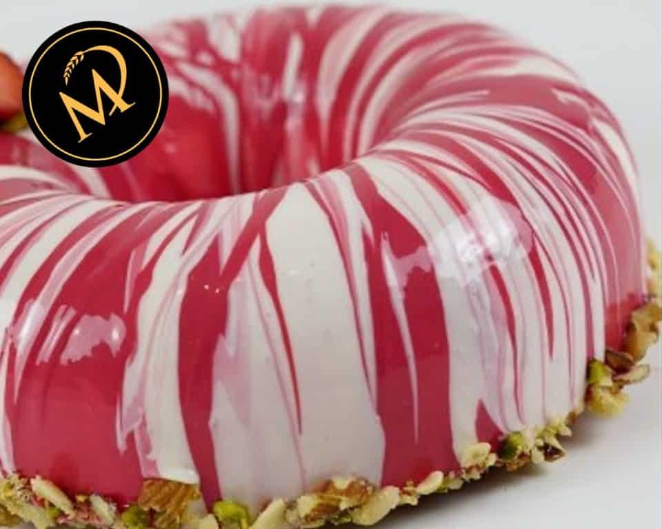 Erdbeer Pistazien Crumble Ring - Rezept Marcel Paa