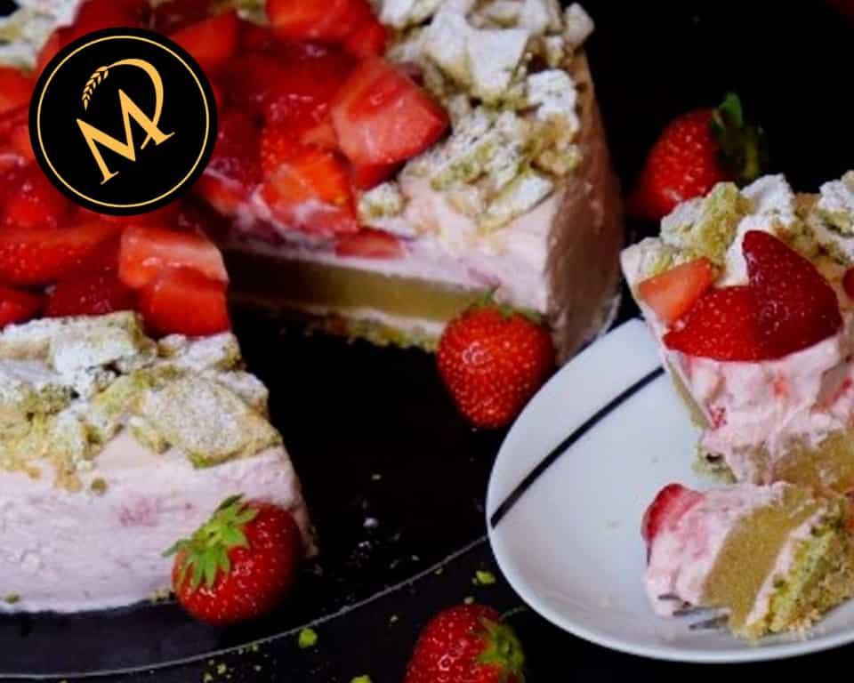 Erdbeeren Rhabarber Torte - Rezept Marcel Paa